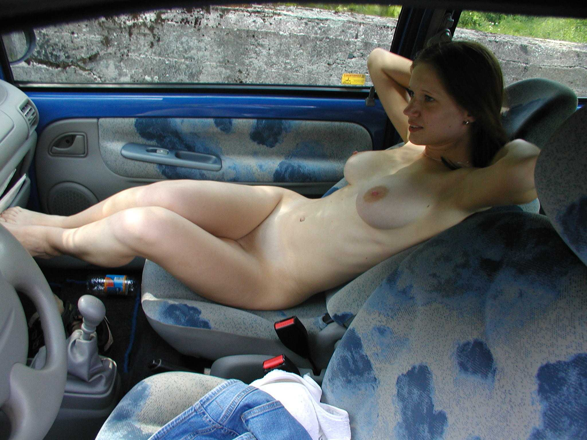 amature naked girls on cars