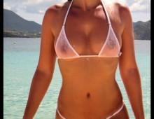 un maillot de bain transparent